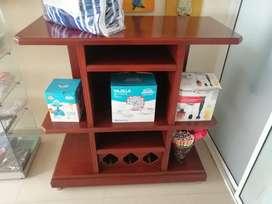 Se vende mesa en madera nueva negociable