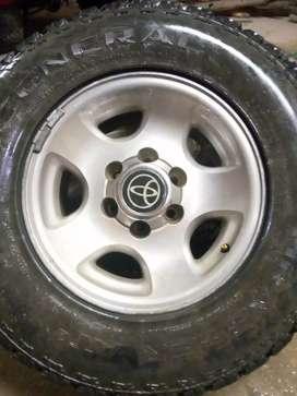 Rines 16x8 de Toyota burbuja