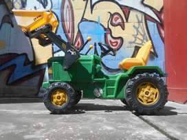 Tractor de juguete (usado)