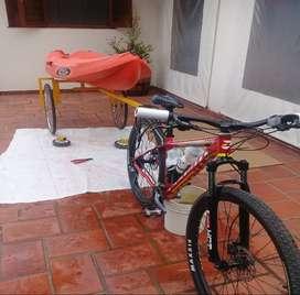 TRAILE PORTA KAYAC PARA BICI O MOTO (sin ruedas)
