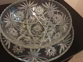 Ponchera/ Tazón de cristal con bandeja o charol de cristal