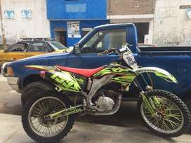 Moto Crf 450 con motor Kayo 250cc