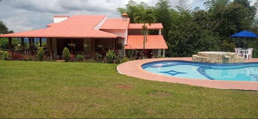 Alquiler Finca en Lago Calima Finca Villa Catanata