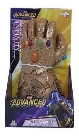 Guante de Thanos Avengers Infinity War 30 cm