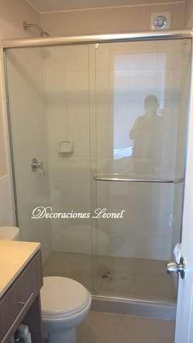 Puertas de duchas,mamparas,espejos,ventanas,cortinas,estores,persianas,roller,alfombras,fundas para muebles y sillas.