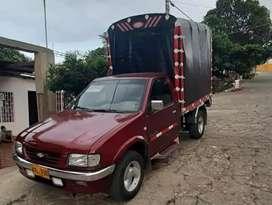 Vendo Chevrolet Luv 98 estaca