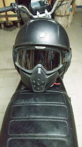 Casco shark negro mate inmaculado