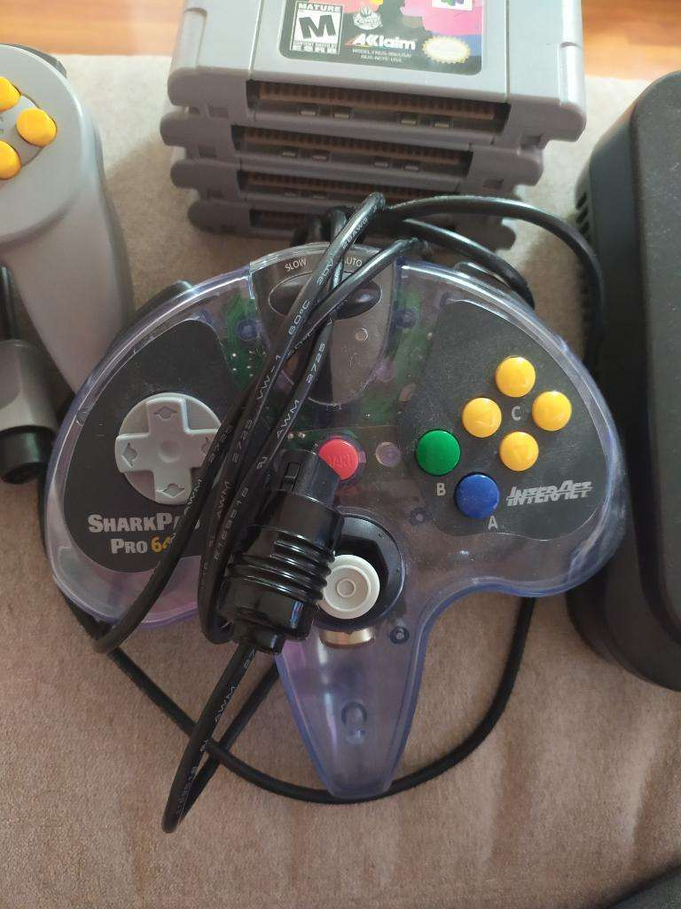 Nintendo 64 0
