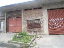 VENTA GALPON COMERCIAL; Domínico, Avellaneda.