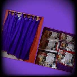 Cortina color violeta