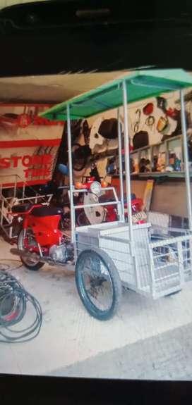 Vendo y fabricó triciclos
