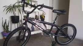 Vendo BMX Rodado 20.