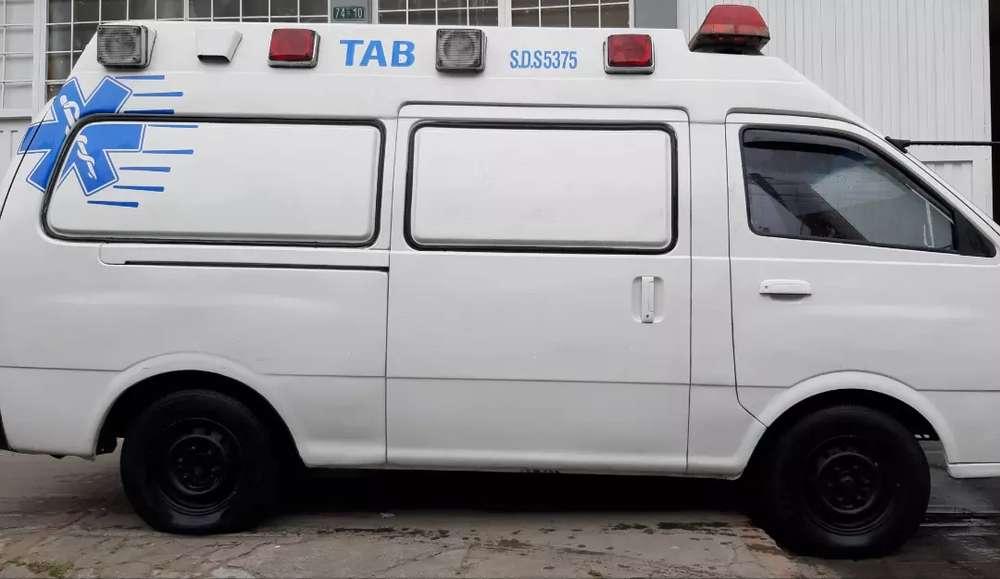 ambulancia kia pregio 2005
