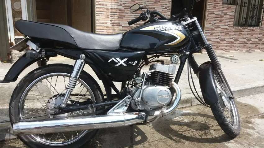 Vendo AX 100 negra 0