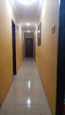 Alquilo departamento en Urdesa Central