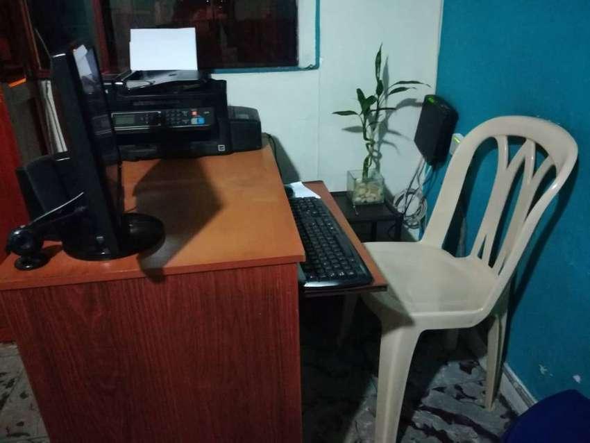Vendo Sala de Internet 6 Computadores mas accesorios 0