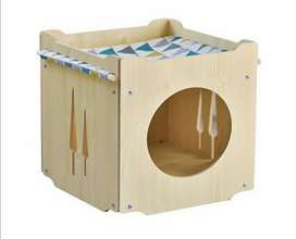 Casa para gatos en madera pino personalizados.