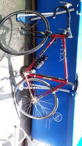 Vendo bicicleta toda de aluminio