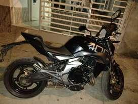 Moto CF Moto naked 400