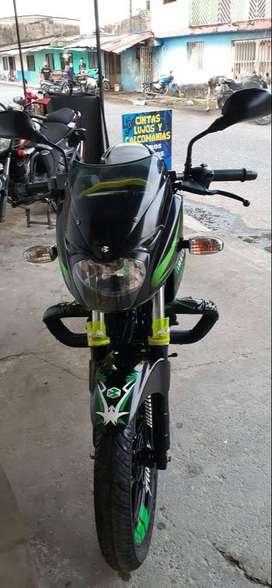 MOTO PULSAR 180 NEGRA