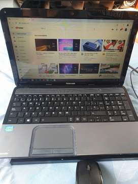 VENDO LAPTOP CORE I7 MARCA TOSHIBA