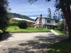 Cumbaya Interoceanica Terreno con Casa de Venta. Ideal