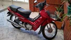 Moto en muy buen estado vivax115