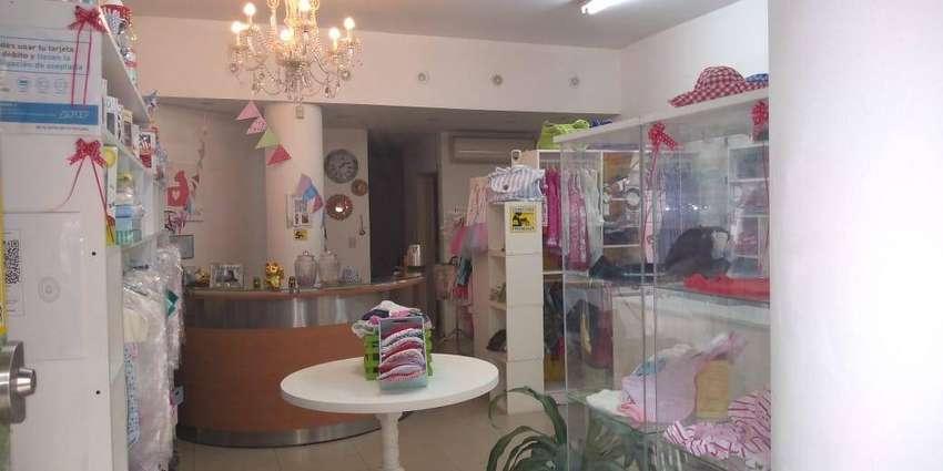 Se vende fondo de comercio local ropa de bebes y niños en Recoleta! 0