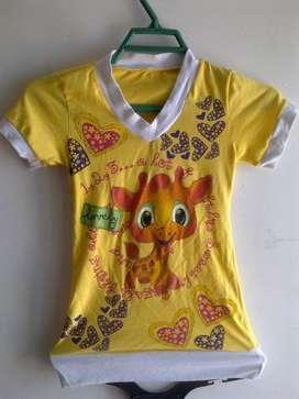 ¡Vestido Licra Amarilla para niña en perfecto estado! Cambio o negoceo