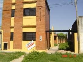 Alquilo departamento dos ambientes en Esperanza-Zona UNL