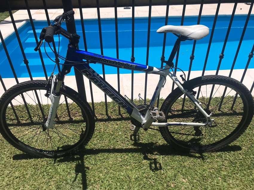 Bicicleta Raleigh Mojave 2.0 rodado 26 0