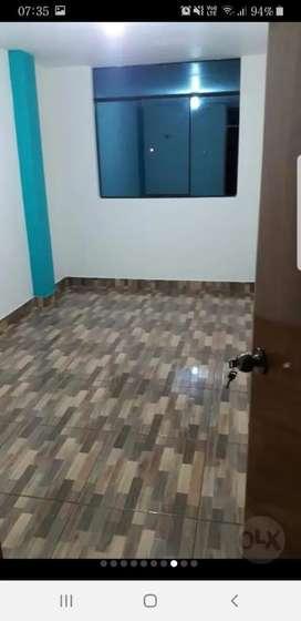 Se alquila departamento en el tercer piso, calle los Pinos 266 cayhuayna. Portón chico.a dos cuadras pista abajo