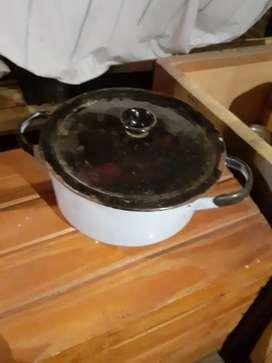 Vendo Cacerola Enlozada Antigua