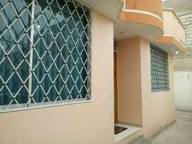 Venta de casa 150 m2 de construcción y 1 terreno de 215 m2 en Quitunbe.