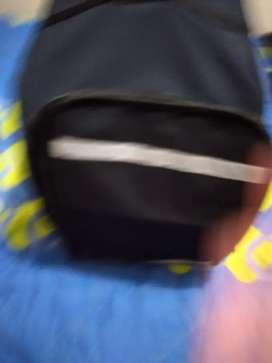 Venta de maletin domicilario grande en buen estq