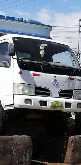 Alquilo camión para mudanzas, transporte de mercancías, y otros.