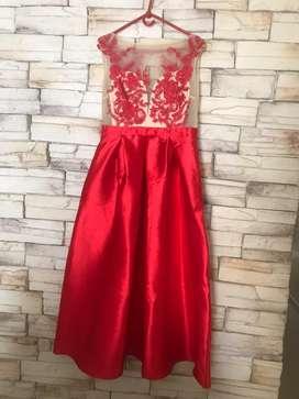 Vestdio elegante para fiesta , tela tafetan y blusa bordada