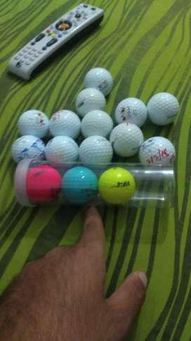 Bolas y maletín de golf