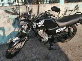 Honda cb1 125