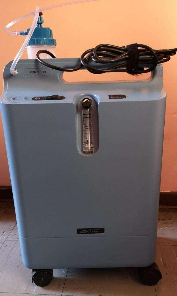 Concentrador de Oxigeno Everflo Phillips Respironics 5 lpm 0