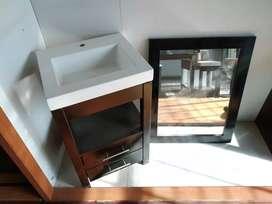 Mueble con Bacha + espejo.