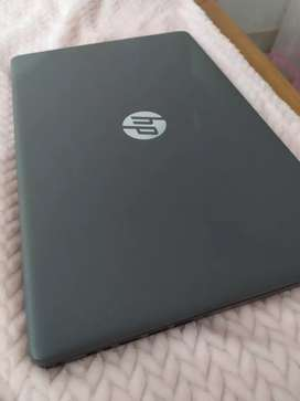 Laptop HP Core i7