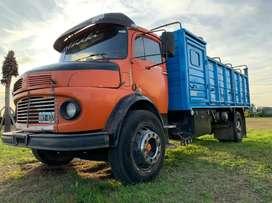 Vendo hermoso camion listo para trabajar tomo vehiculo menor valor financio algo