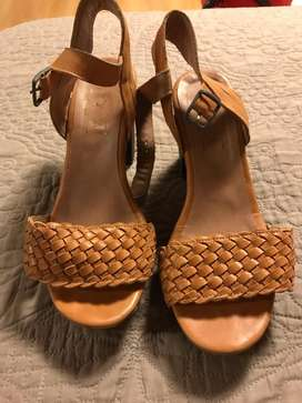 Sandalias Y Zapatos Talle 35 Impecables