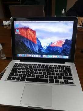 Vendo Macbook Pro core i7 con disco sólido 500 gb