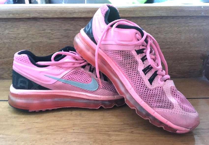 Tenis Nike Air Max talla 38
