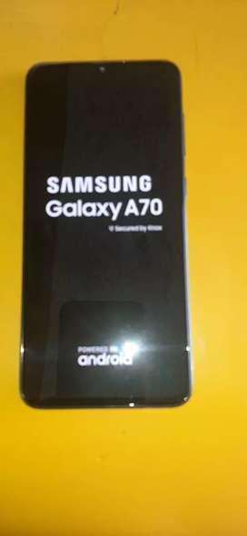 Vendo Samsung A70 seminuevo