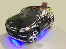 Carro a batería para niños Mercedes Benz AMG1588