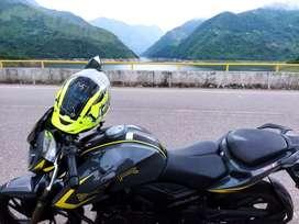 Se vende linda Apache RTR200