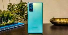 Samsung S20 Fe color verde, nuevo en caja sellada.